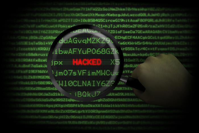 1,5 bilhão de senhas de sites, vazam na Web; veja se o seu e-mail foi hackeado 1
