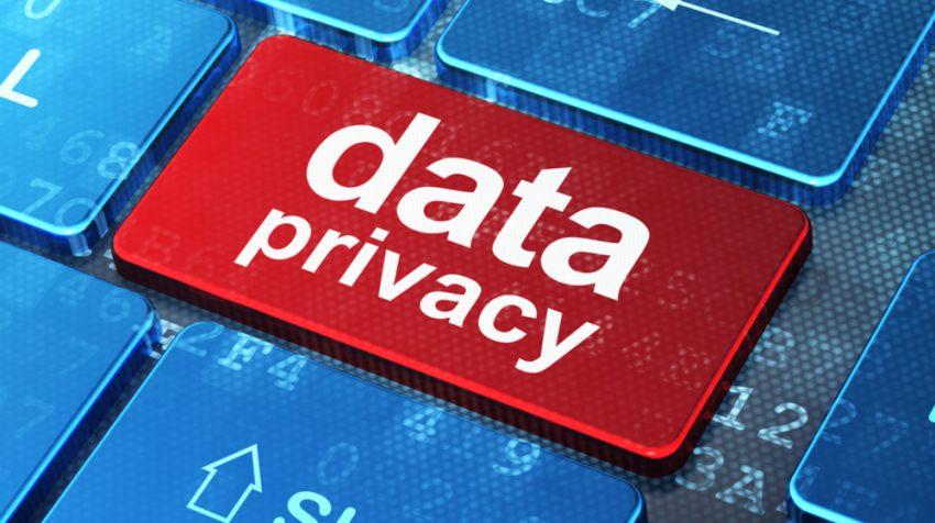 Navegar com segurança na internet e redes sociais exige certa dose de paranoia?