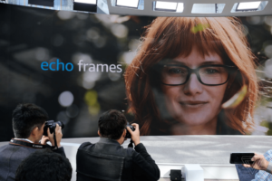 Amazon lança óculos inteligente com Alexa integrada
